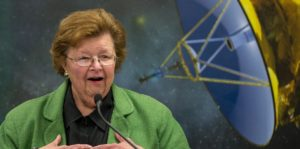 Then-senator Barbara Mikulski visiting the Johns Hopkins Applied Physics Laboratory for the New Horizons mission Pluto flyby in 2015. (NASA/Bill Ingalls)